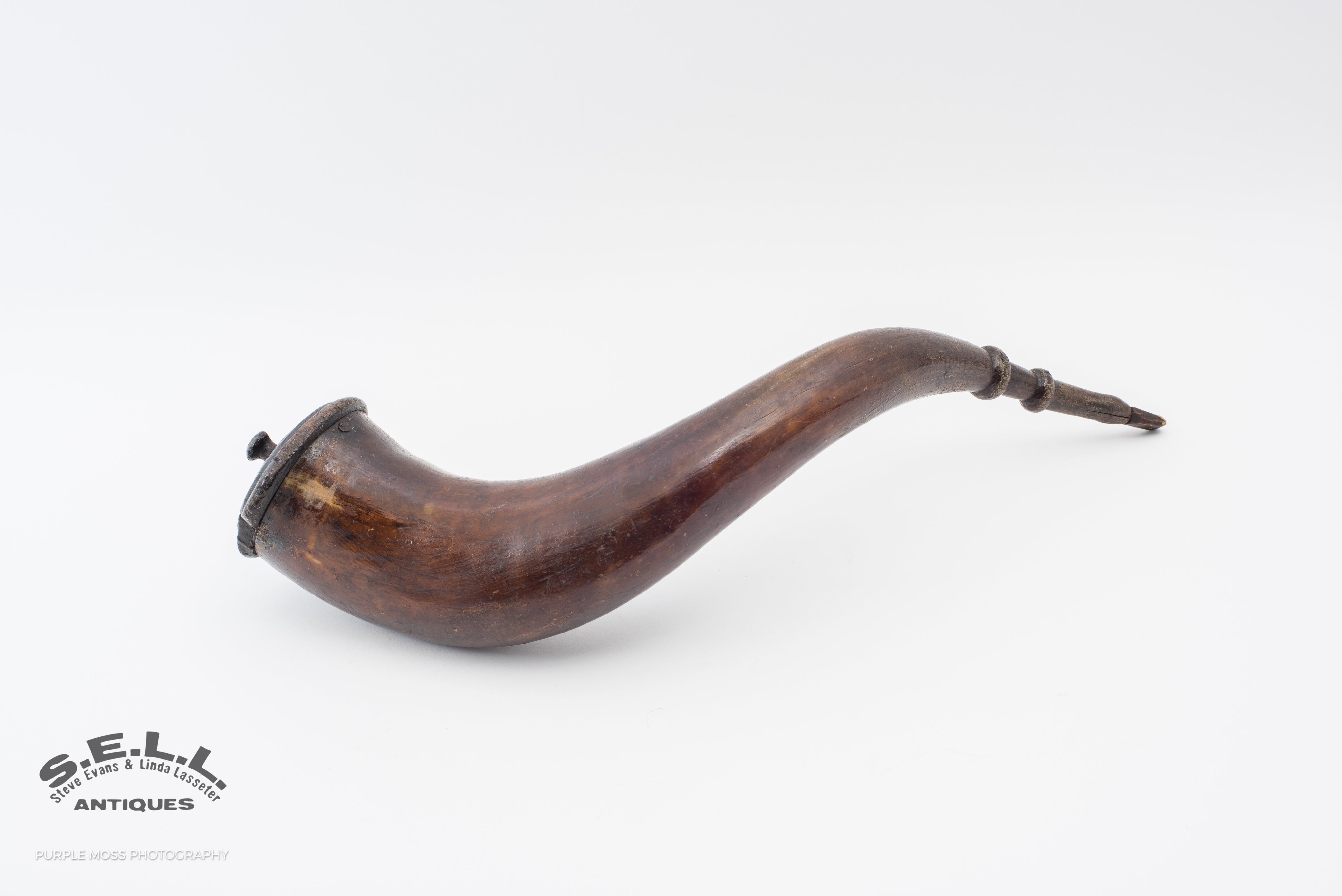 1000+ ideas about Powder Horn on Pinterest | Rifles, Long Rifle and ...