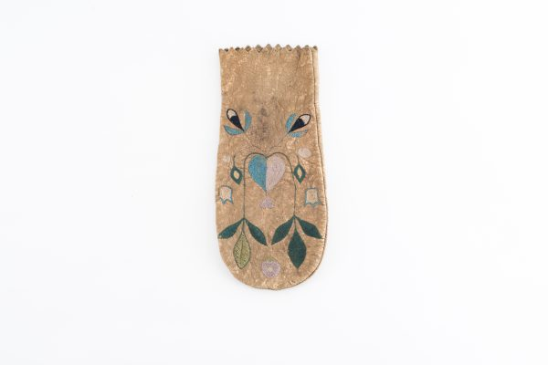 Native American Indian Pouch - poke moose hide embroidered heart and flower pattern